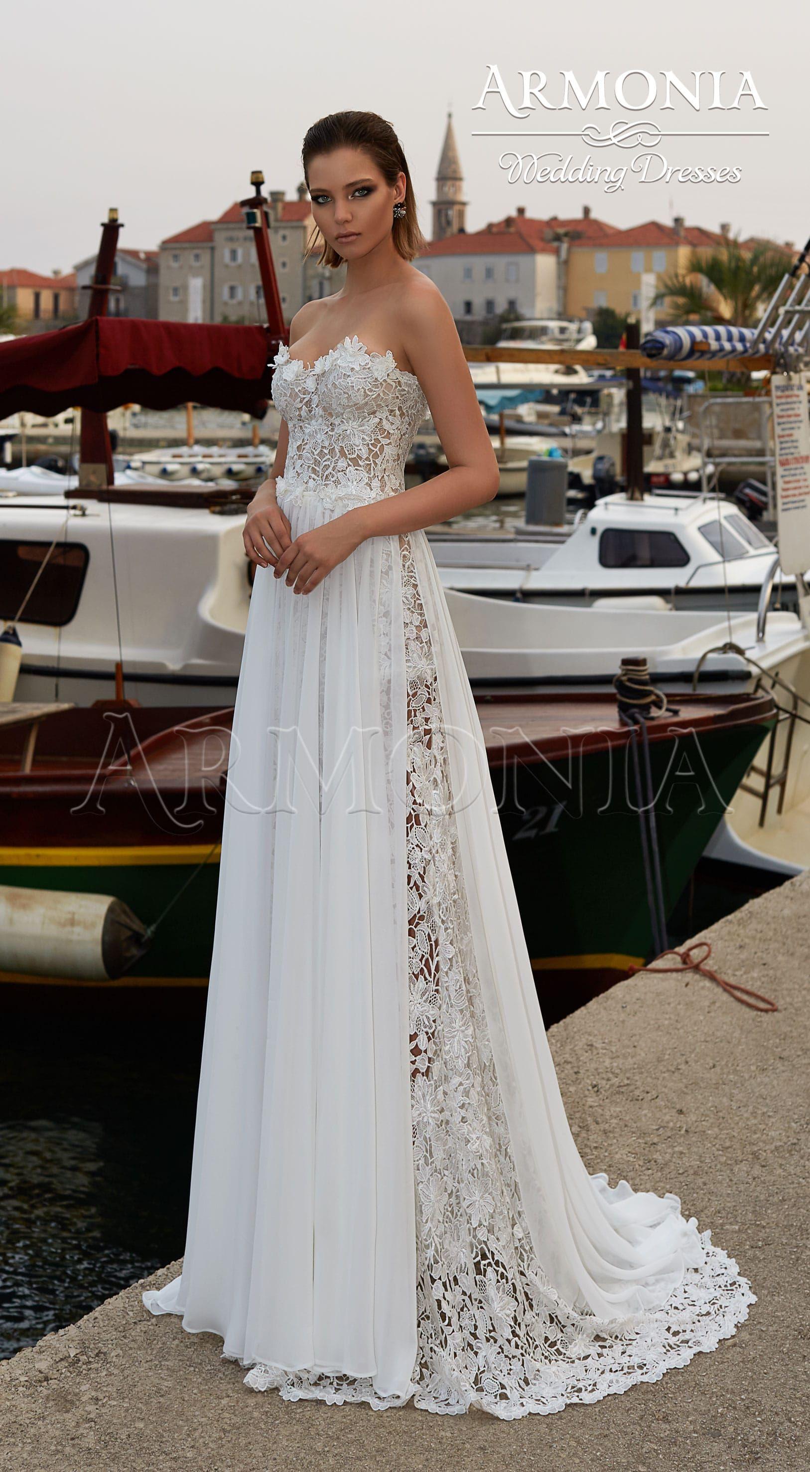 Необходимо удостовериться, что выбранный силуэт и цвет действительно вам  подходит. Свадебный салон «Вельон» поможет вам примерить свадебный наряд и  дать ... 2eb141a167b